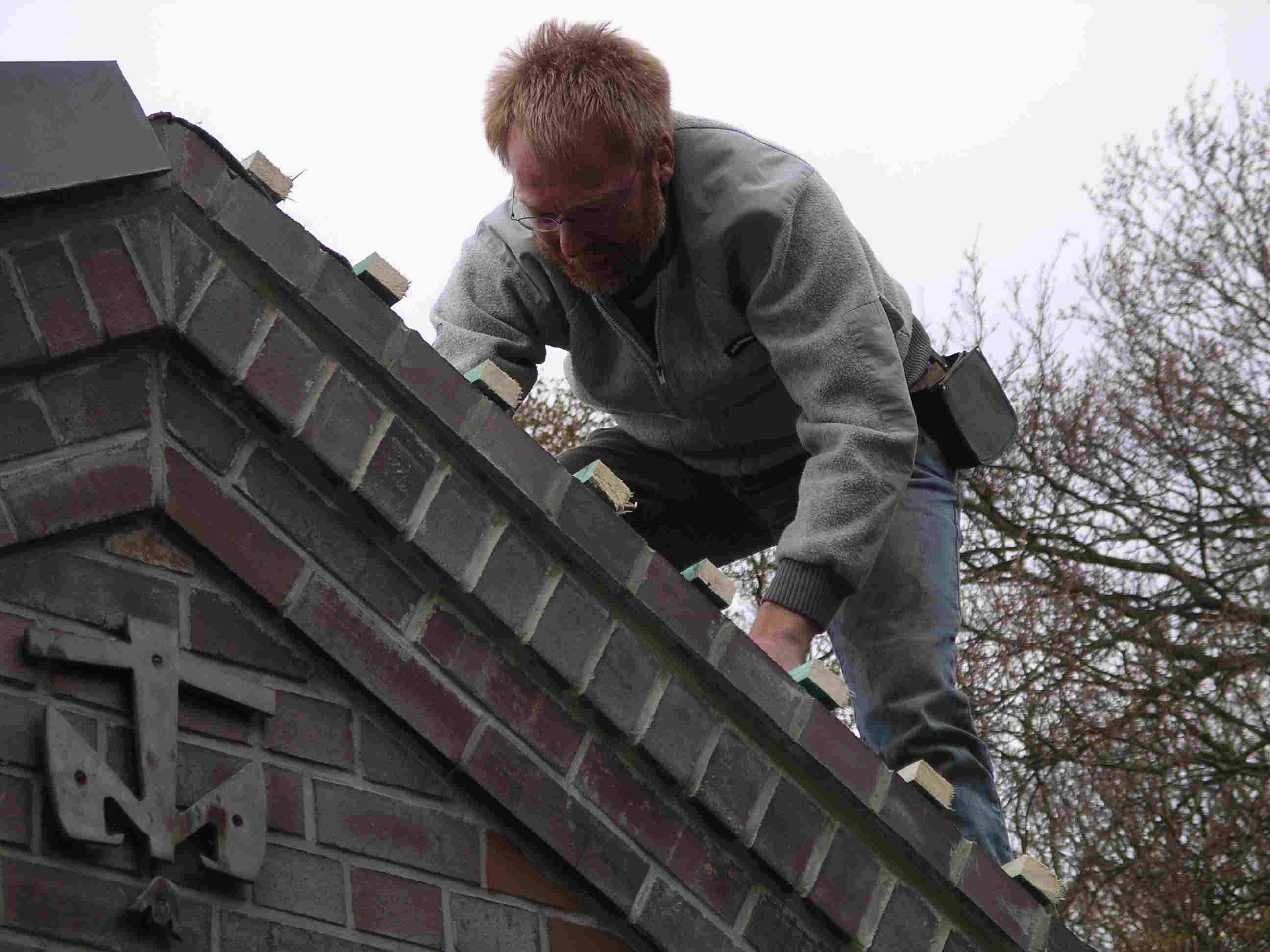 2008_04_Pfadfhaus Dach-10