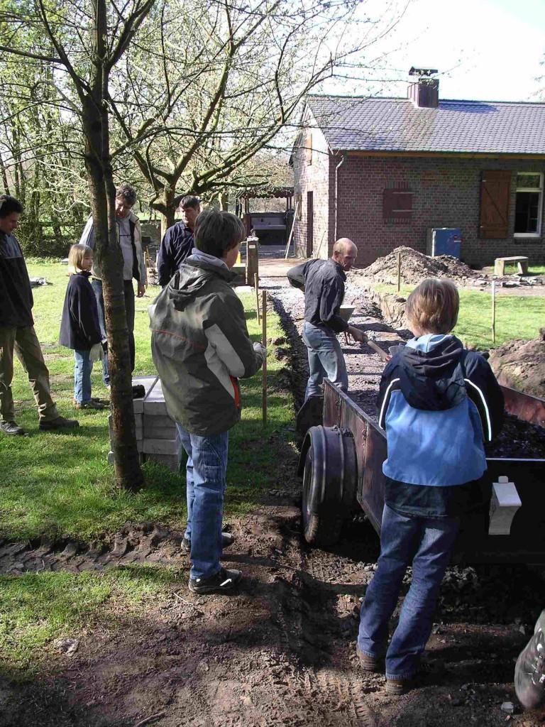 2010_04_Pfadfinderhaus Pflastern002